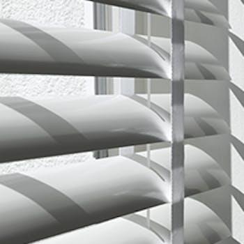 Aluminium jaloezie 50mm | Luxaflex®
